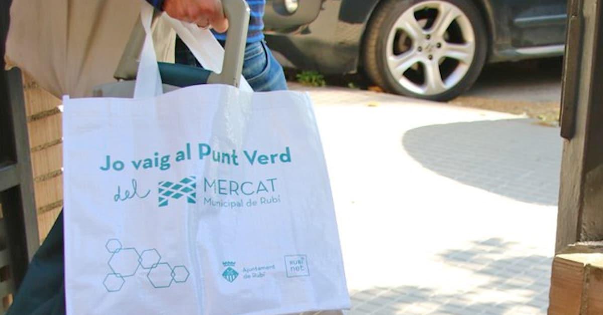 Bolsas de rafia para recitar residuos en Rubí
