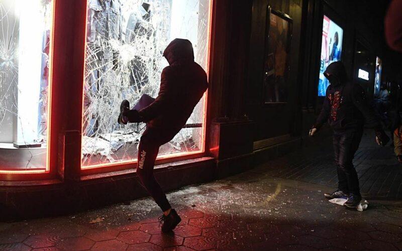 Saqueos en las manifestaciones de Hasél